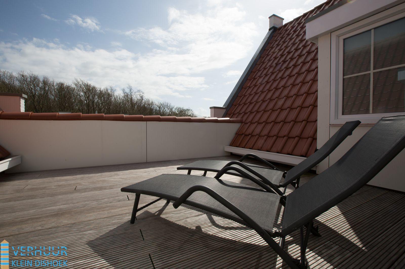 Dakterras Of Balkon : Dakterras en balkon luxe appartement aan de duinen boek nu